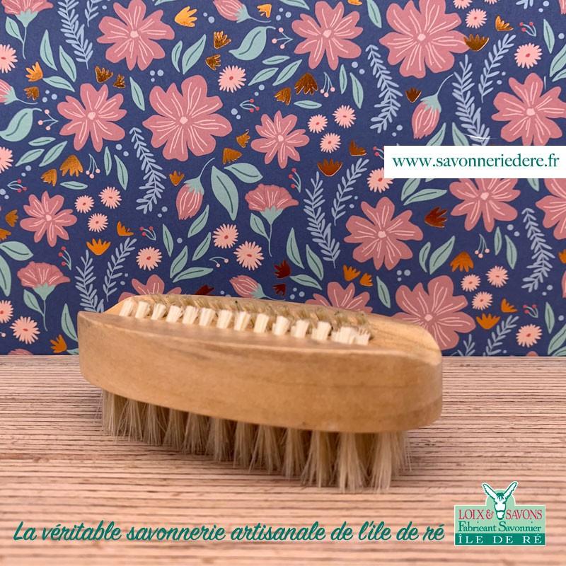 Brosse à ongles bambou - Savonnerie artisanale de l'ile de ré