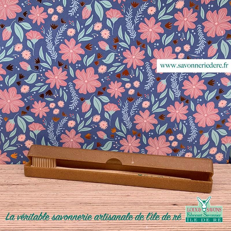 Boite brosse a dent biodégradable bois liquide - Savonnerie artisanale de l'ile de ré